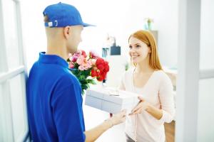 דואר ישראל איטי מדי? יש לך חבילה דחופה? שירותי משלוח גם ללקוחות פרטיים!